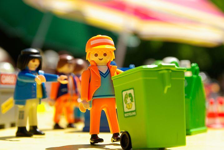 rubbish removal team